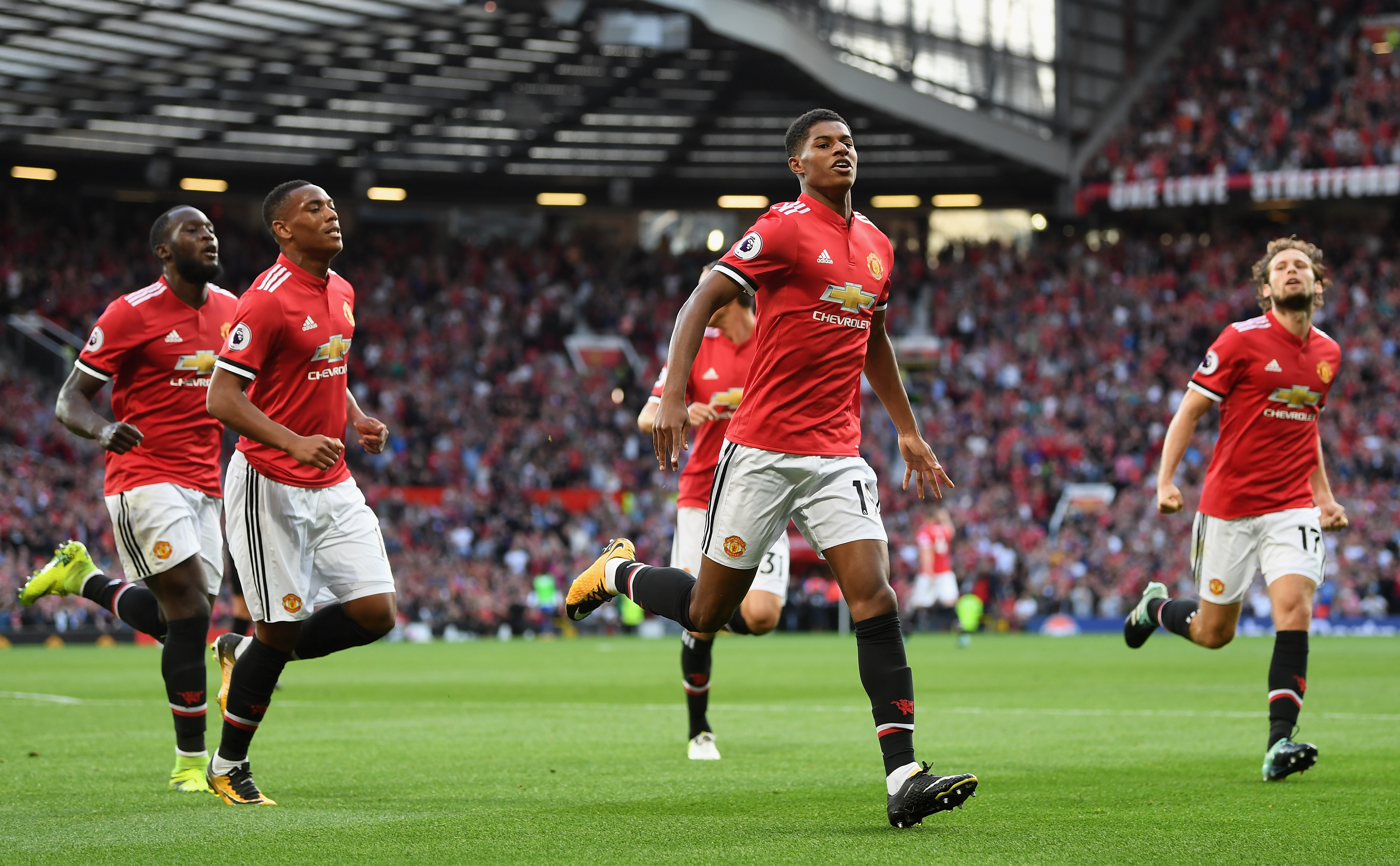 Fears for Man United's Marcus Rashford & Liverpool's Adam ...