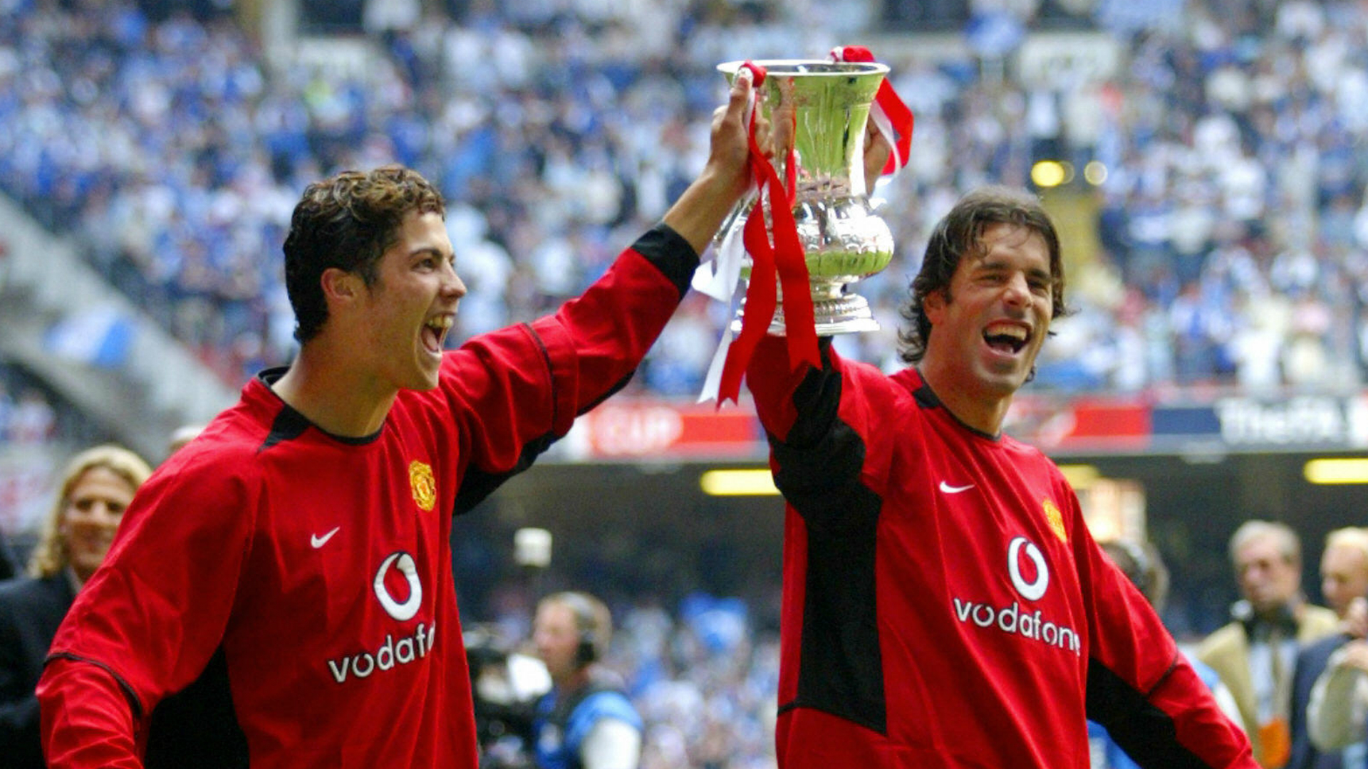 Ruud van Nistelrooy offended Cristiano Ronaldo about his ...