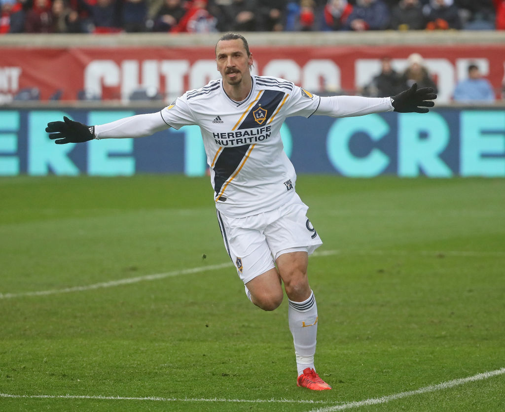 f1ad083806a Zlatan Ibrahimovic scores his first MLS hat-trick as LA Galaxy beat Orlando  4-3 (Official Video)