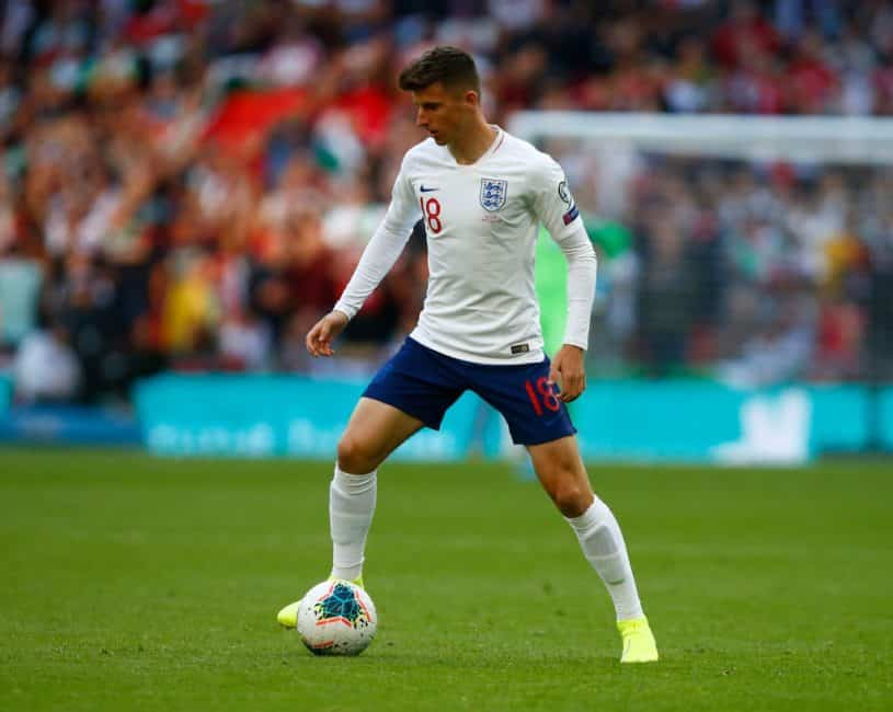 Mason Mount & Ben Chilwell forced to isolate ahead of England's meeting with the Czech Republic
