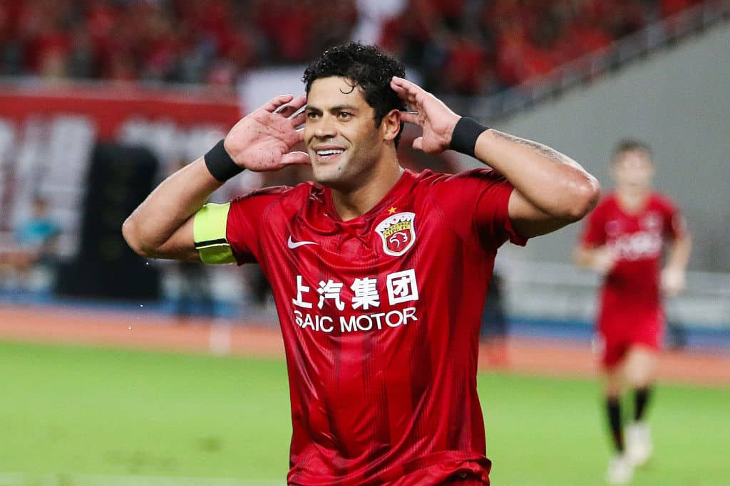 Chinese Super League: Around 30 foreigners locked out, Hulk & Oscar beat ban by 11 minutes - 101 great goals