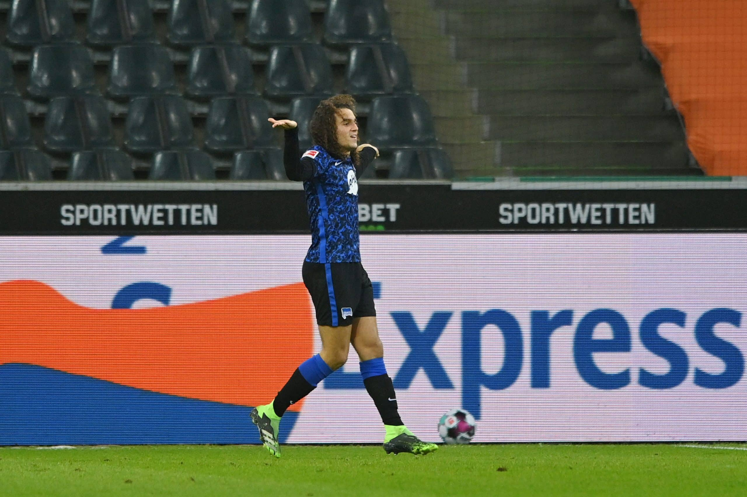 Guendouzi's loan stint hits rocky patch as Hertha dragged into relegation scrap with Arsenal man spotted arguing with teammates - 101 great goals