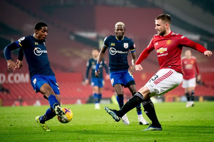 Shaw reveals Fernandes' reaction to missing out on POTM award/Man United stopper leading PL in chances created