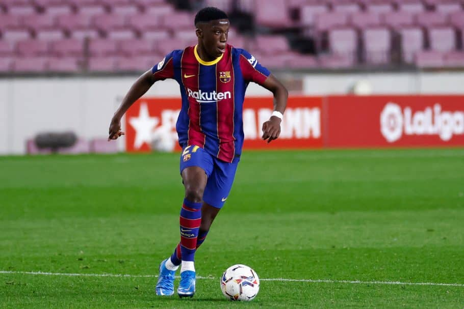 Video: Ilaix Moriba proves exactly why Man United are keen with brilliant first Barcelona goal
