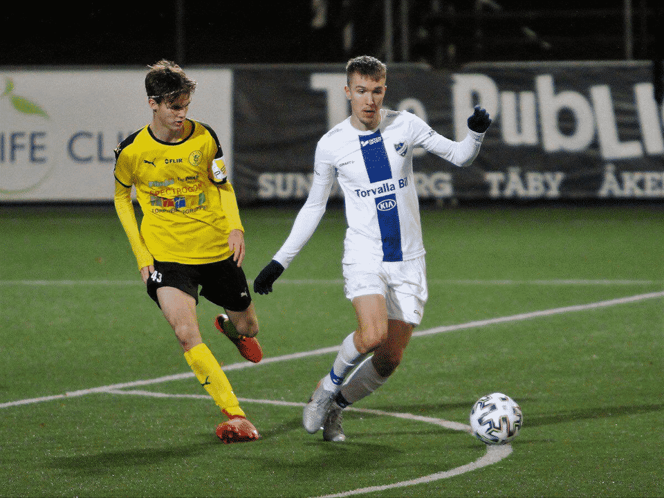 Williot Swedberg playing on loan for Frej in the Swedish third tier.