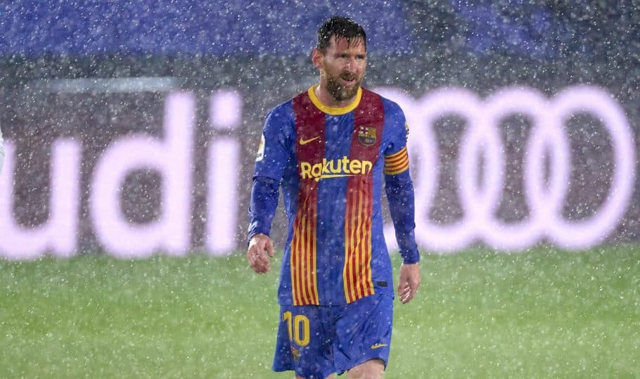 Lionel Messi closing in on Barcelona stay with 10-year deal touted