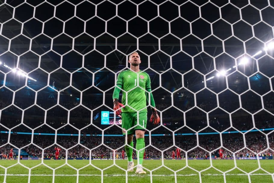 """Shame on you- Kasper Schmeichel takes aim at """"news"""" sites over fake Euro 2020 quote"""