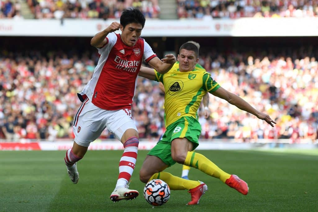 Héctor Bellerin confirms that 'he left Arsenal to win titles' with Betis: 'I'm not here for vacation'