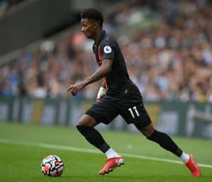 Everton's Demarai Gray bizarrely offered a baguette after coming off the bench against Burnley